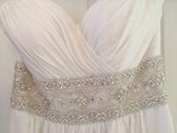 White Essense of Australia Wedding Dress (size 12)
