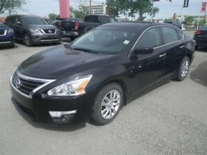 2015 Nissan Altima 2.5 S | Auto | Bluetooth | *LOW KM Alert*