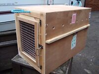 LARGE ANIMAL CRATE33INCH LONG 24INCH HIGH 22INCH WIDE AS NEW COST£79 BARGAIN ONLY £20 FOR QUICK SALE