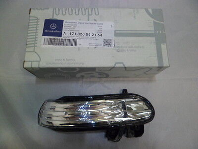 Genuine Mercedes-Benz - SLK & SL RH Mirror Repeater Indicator Lamp A1718200421