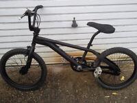 BMX NO LOGO 20inch frame 20 inch wheels ALL BLACE £75