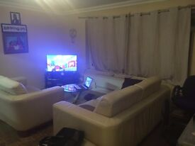 2 BEDROOM GROUND FLOOR FLAT IN WOODFORD GREEN *PART DSS ACCEPTED WITH GUARANTOR*