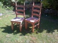 6 wooden dining / kitchen chairs plus matching table