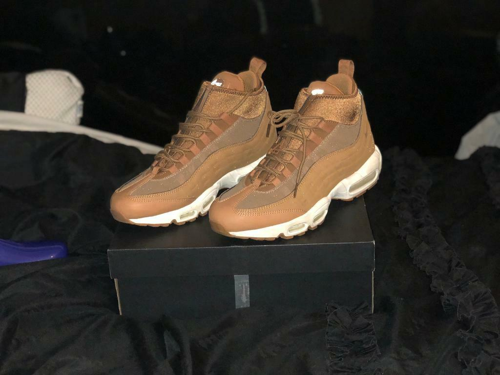 wholesale dealer f0a36 9fc48 Nike Air Max 95 SneakerBoot Flax Pack Size UK9 | in Hounslow, London |  Gumtree