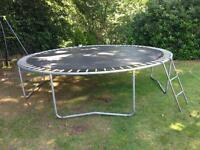 Large trampoline 12ft diameter