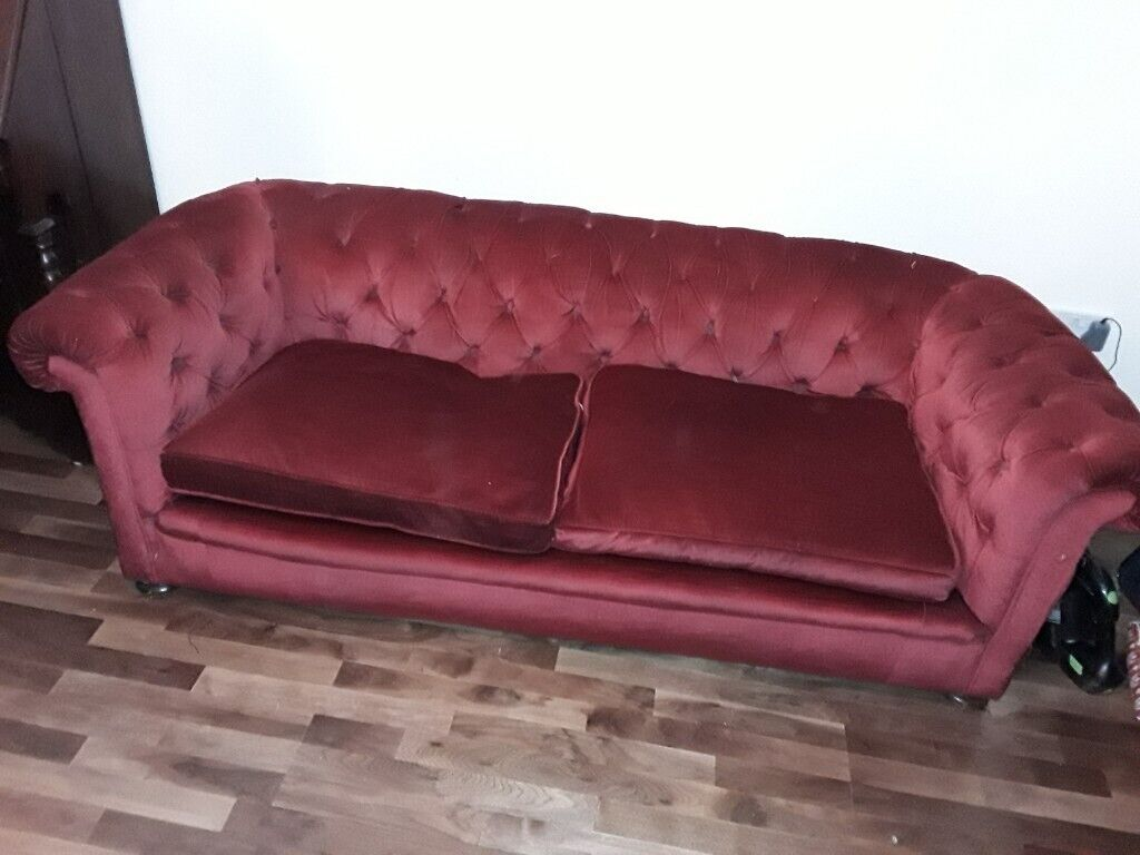 Red velvet chesterfield sofa in good condition. In Exeter ...