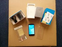 Nexus 5 D821 - 16GB - Black (Unlocked) Smartphone