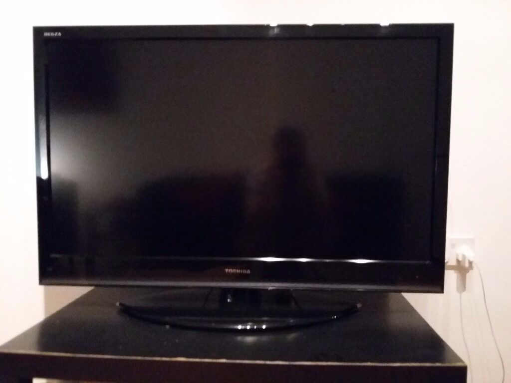 42 Inch Toshiba Lcd Tv In Victoria Park Manchester Gumtree