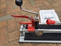 Contractors tile cutter cw hole cutter attachment