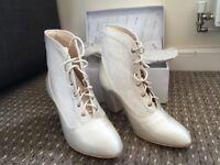 Wedding Ivory Boots Size 6