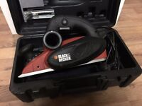 ** BARGAIN ** Black & Decker KW82 Type 1, 900w Electirc Hand Held Planer - 230V - 50Hz