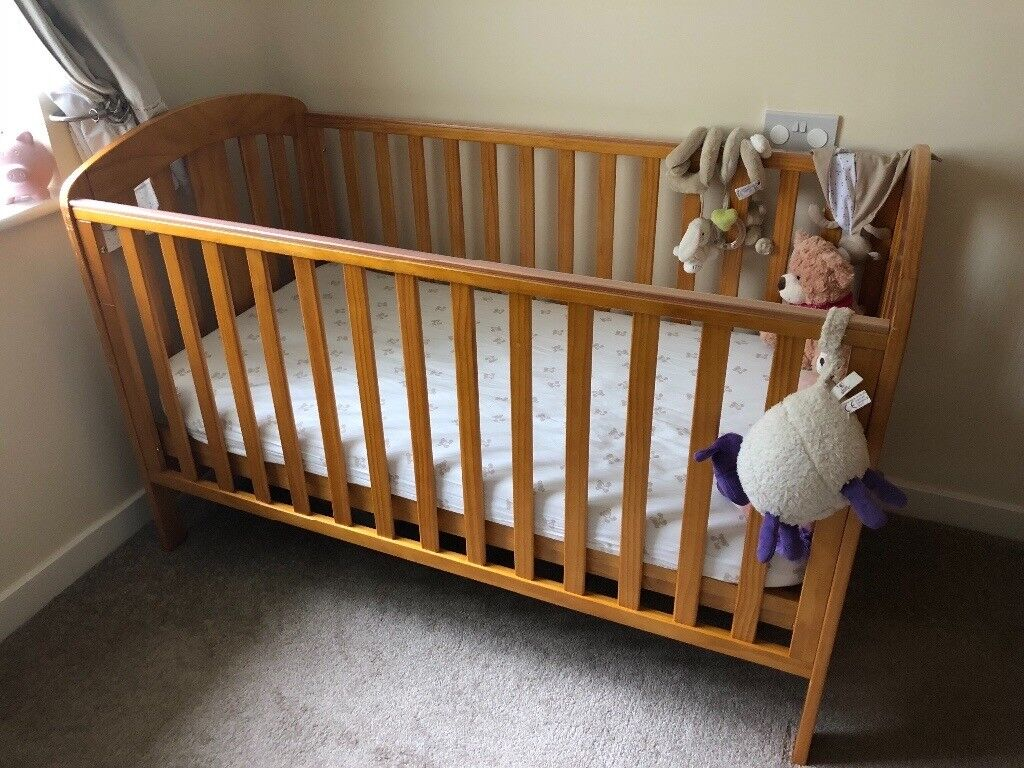 Mamas Papas Nursery Furniture Set Pine