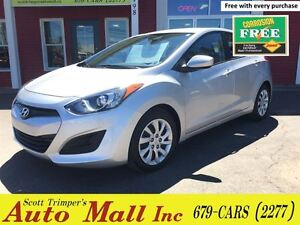 2013 Hyundai Elantra GT Hatchback - Like New, Low kms!