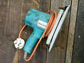 Black and Decker DN44 electric sander