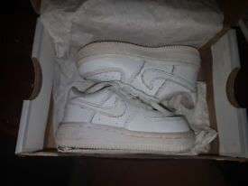 Baby boy Nike Force Trainers Size 4