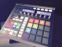 Native Instruments Maschine Mk2 White + KOMPLETE 11 SELECT + 10 Expansion