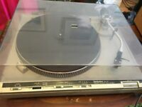 Technics sl-b3 Belt Driven Record Player