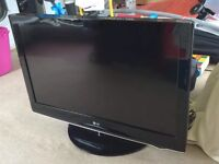 "LG 37 """"inch Widescreen Full HD 1080p LCD Television with free view. £100 ( can I do delivery )"