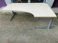 Right hand 1800mm office desk