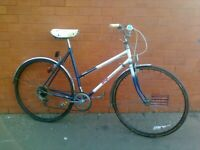 Raleigh Hybrid Classic Road , City Bike - Mudguard , back lights , good brakes , good condition ...