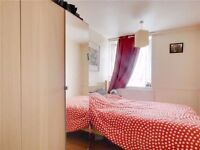@@ Spacious Single Room 5 (real!) minutes from Mile End