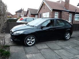 FORD FOCUS TITANIUM 1.8 TDCI 2009. ONE OWNER FROM NEW. FACTORY FITTED EXTENSIVE SPEC.