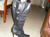 BLACK LEATHER BOOTS SIZE 8 £55 ono