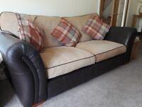 Sofa exerlent condition