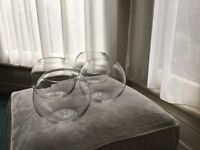 4 glass bowls suitable for wedding flowers/displays