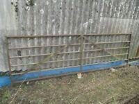 Metal 6 bar field gate 3.6m