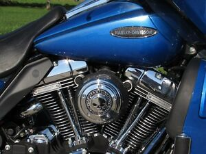 2007 harley-davidson FLHTCUSE4 CVO Ultra Classic Electra Glide   London Ontario image 14