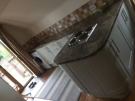 One bed ,large lounge ,new fitted kitchen ,wantage area,near williams