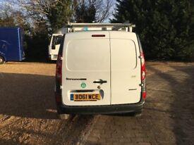 Renault Kangoo Maxi van, LOW MILAGE, Sat nav, roof rack, slamlocks, twin side loading doors