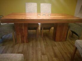 Dining room table (acacia wood)