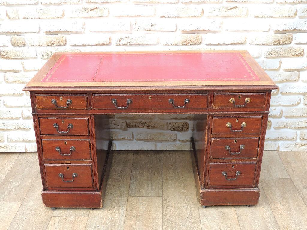 Wooden Antique desk leather top ox Blood (Delivery) - Wooden Antique Desk Leather Top Ox Blood (Delivery) In Eltham