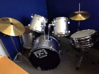 Session Pro Drum kit (silver) Condition: Used