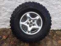 Land Rover Discovery alloys and tyres x4 off TD5
