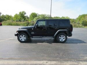 2014 Jeep WRANGLER UNLIMITED 4X4
