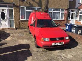 VW Caddy £449