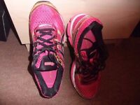 Womens Asics Gel - Cumulus 16 Running Trainers used but in good condition.size 5eu