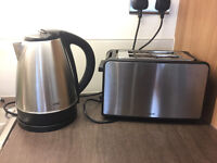 Kettle - Stainless steel and black