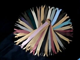 100 NORMAL ZIPS JOB LOT- MORE COLOURS AVAILABLE