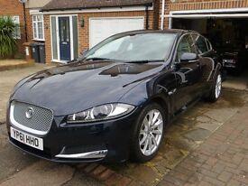 Jaguar XF, Premium Luxury Model. Light grey soft grain leather seats with Drivers Memory Function.