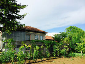 Farming Estate in Bulgaria. House, Garage, Barn and a fertile land plus extra structures.
