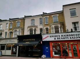 UNFURNISHED TWO BEDROOM FIRST FLOOR FLAT TO RENT IN BRIXTON MINUTES FROM BRIXTON TUBE STATION