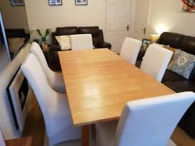 Light oak dining table with extender & 6 chairs (may deliver locally for £15 fee)