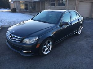 2011 Mercedes-Benz C-Class 250 4matic SPORT PACKAGE!!!!