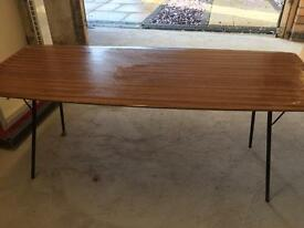 Retro folding coffee table
