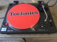 TECHNICS SL 1210 MK2 RECORD DECK.