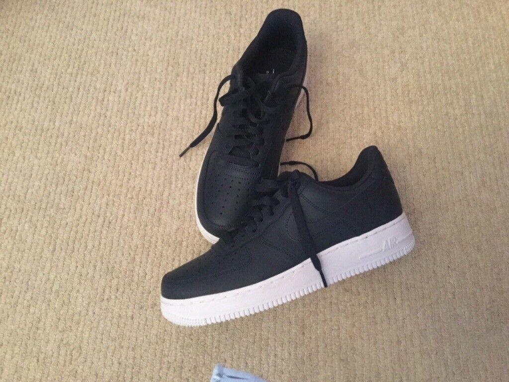 Nike Air Force trainers ,Navy blue ,new unworn size 7.5 42 i Camberley, SurreyGumtree i Camberley, Surrey Gumtree